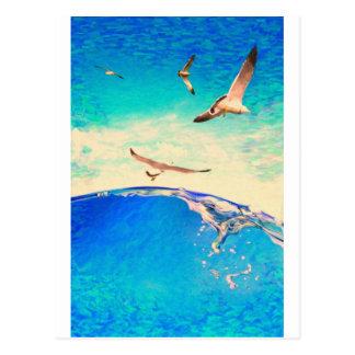 ondas e gaivotas da paisagem cartão postal