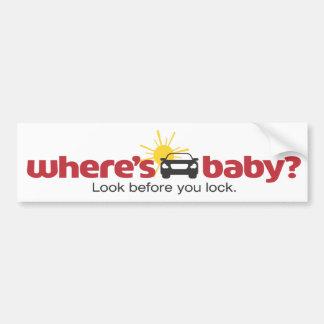 Onde está o olhar do bebê antes que você travar a adesivo para carro