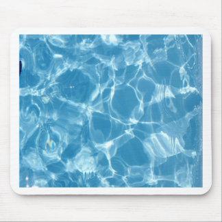 Ondinhas azuis da parte superior da água branca mouse pad