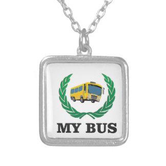 ônibus amarelo meu colar banhado a prata