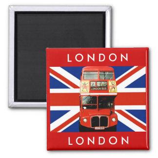 Ônibus de Londres e bandeira britânica Imã