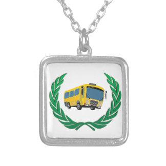 ônibus na grinalda colar banhado a prata