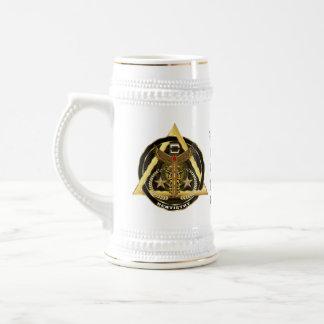 Opinião dental do conceito do artista do logotipo caneca de cerveja