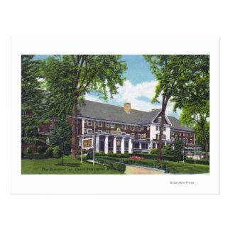 Opinião exterior a pensão de Berkshire Cartão Postal