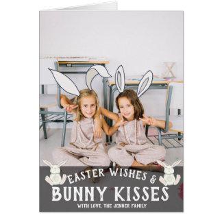 Orelhas lunáticas do coelho do cartão com fotos |