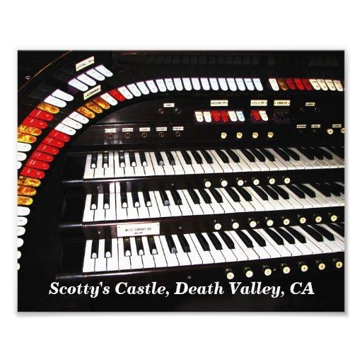 Órgão antigo, impressão da foto do castelo de Scot