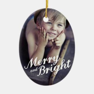 Ornamento De Cerâmica Ornamento alegre & brilhante da foto do Natal