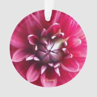 """Ornamento Alfaia redonda """"flor e trevo """""""