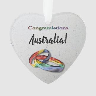Ornamento Alianças de casamento customizáveis do arco-íris