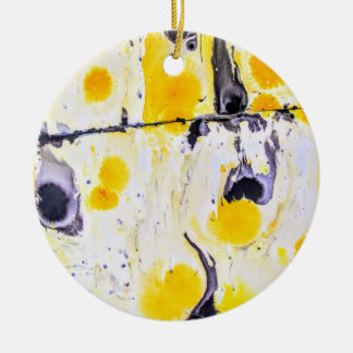Ornamento artístico amarelo e preto