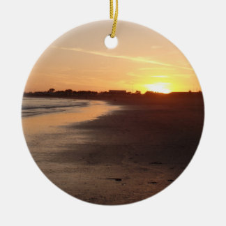 Ornamento bonito da praia do por do sol de