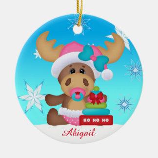 Ornamento bonito dos alces do primeiro Natal do
