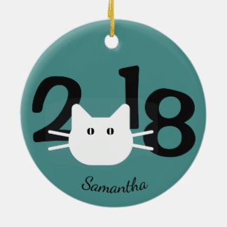 Ornamento branco da silhueta 2018 do gato