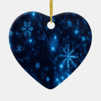 Ornamento cerâmico do coração dos flocos de neve