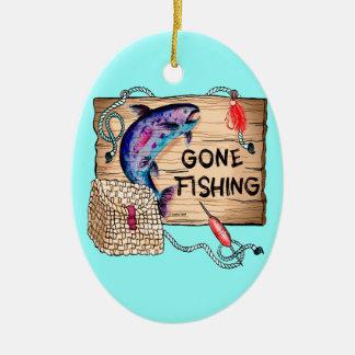 Ornamento cerâmico oval de pesca ido