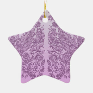 Ornamento cor-de-rosa empoeirado