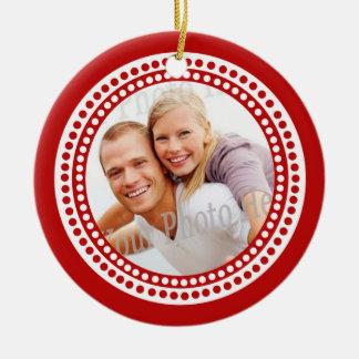 Ornamento da foto com vermelho do monograma