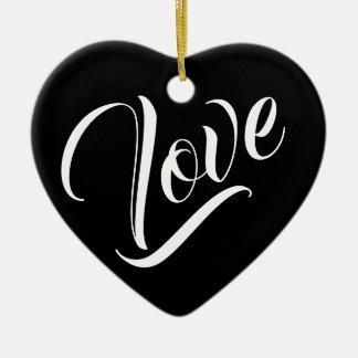 Ornamento dado forma coração do amor