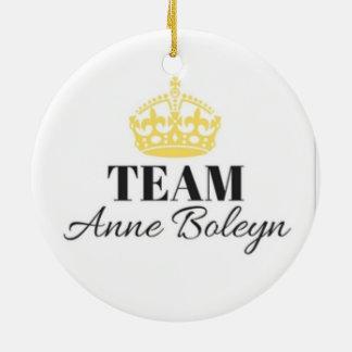 Ornamento de Anne Boleyn da equipe