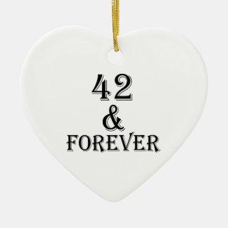 Ornamento De Cerâmica 42 e para sempre design do aniversário
