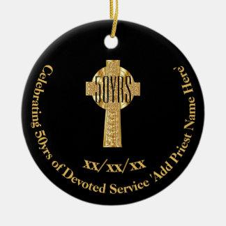Ornamento De Cerâmica 50th Jubileu do ouro do padre do aniversário da
