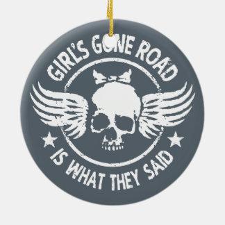 Ornamento De Cerâmica A estrada ida da menina
