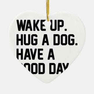 Ornamento De Cerâmica Abrace um cão