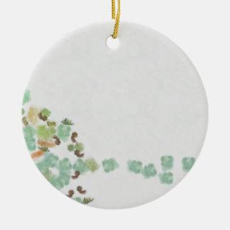 Ornamento De Cerâmica Abstrato caído da árvore