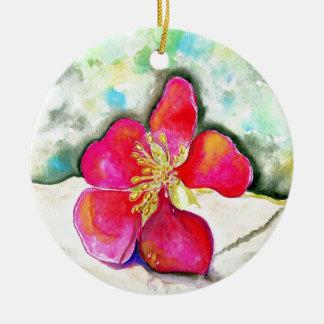 Ornamento De Cerâmica Aguarela cor-de-rosa da flor do mistério