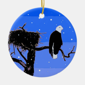 Ornamento De Cerâmica Águia americana no inverno