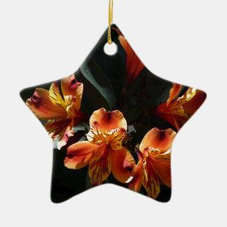 Ornamento De Cerâmica alstroemère