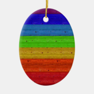 Ornamento De Cerâmica Arco-íris na madeira