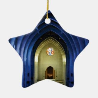 Ornamento De Cerâmica Arcos na igreja azul