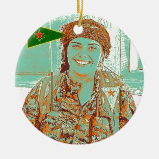 Ornamento De Cerâmica Arte curdo do lutador 2 de YPJ