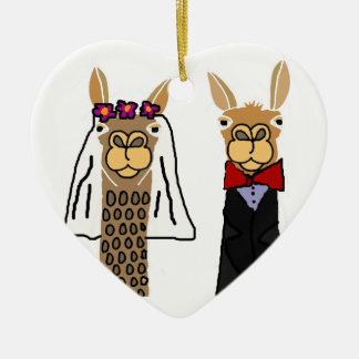 Ornamento De Cerâmica Arte engraçada do casamento dos noivos do lama