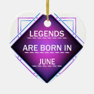 Ornamento De Cerâmica As legendas são nascidas em junho