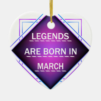 Ornamento De Cerâmica As legendas são nascidas em março
