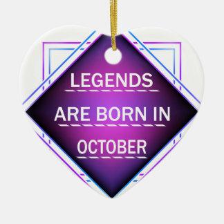 Ornamento De Cerâmica As legendas são nascidas em outubro