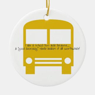 Ornamento De Cerâmica Assistente do ônibus um ônibus do amarelo do