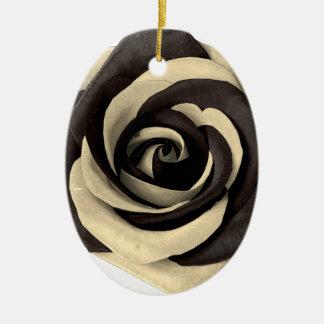 Ornamento De Cerâmica Aumentou o preto