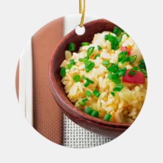Ornamento De Cerâmica Bacia de madeira de arroz e de vegetais cozinhados