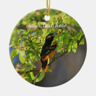 Ornamento De Cerâmica Baltimore Oriole na primavera