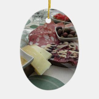Ornamento De Cerâmica Bandeja de cortes frios com o prosciutto rústico