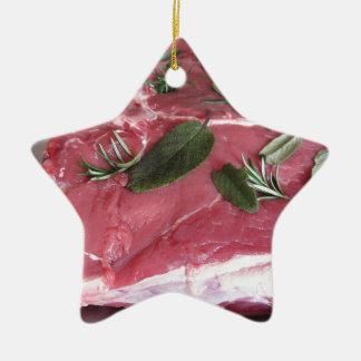 Ornamento De Cerâmica Bife marmoreado cru fresco da carne