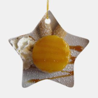Ornamento De Cerâmica Bolo coberto doce do sorvete do abricó