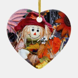 Ornamento De Cerâmica Boneca de pano da acção de graças entre a cena da