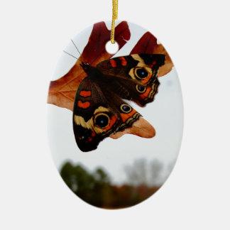 Ornamento De Cerâmica borboleta alaranjada com pontos azuis
