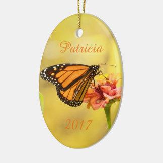 Ornamento De Cerâmica Borboleta de monarca no Zinnia