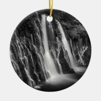 Ornamento De Cerâmica Burney cai em preto e branco