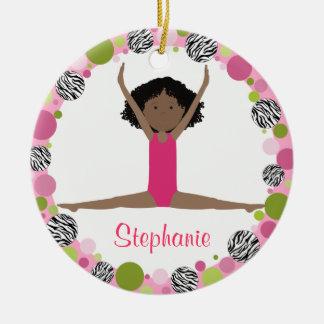 Ornamento De Cerâmica Cabelo preto do Gymnast da estrela nos rosa
